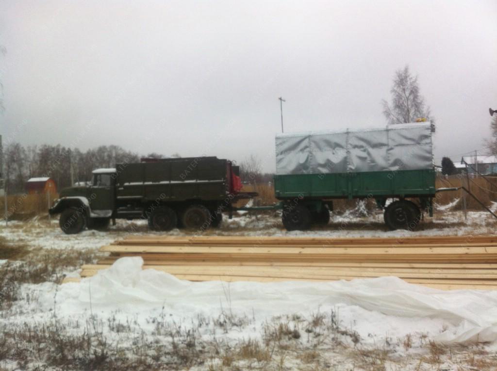 Водовозка с прицепным вагоном-домом, для проживания буровой бригады.