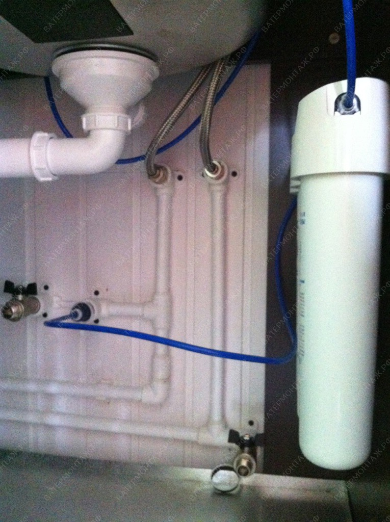 монтаж водоснабжения загородного дома
